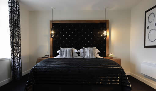 hotelcolessio_Bedroom_510x300