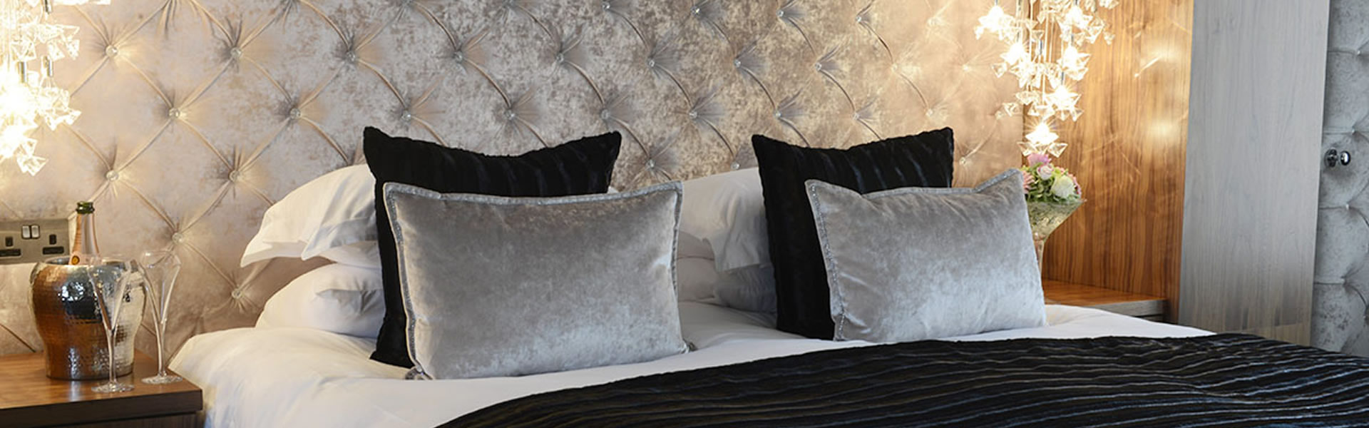 hotelcolessio_Bedroom_Club_Double_1920x600