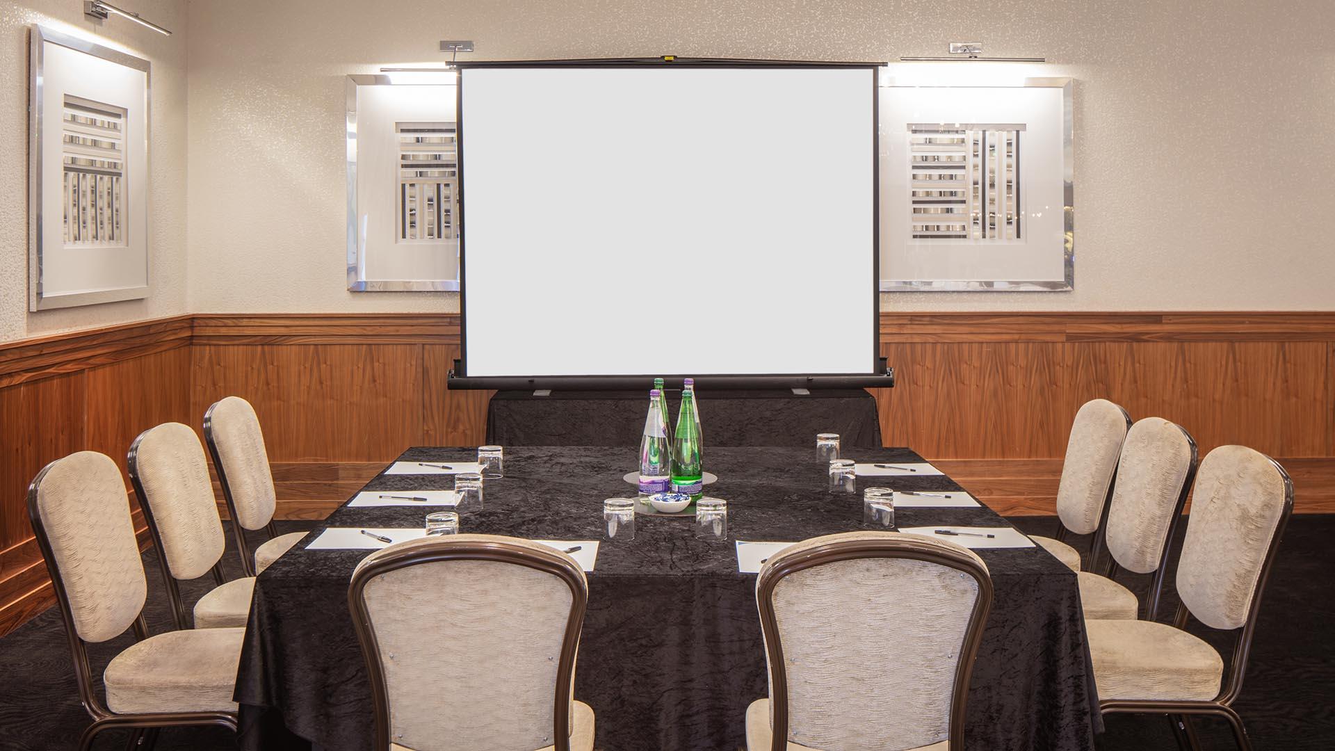 hotelcolessio_Conference_Ballroom_1920x600